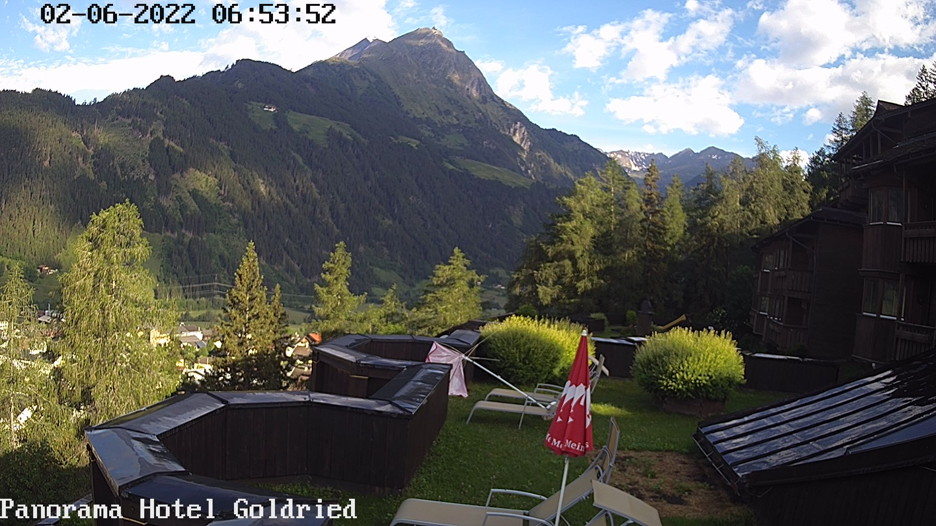Webcam Hotel Goldried in Matrei in Osttirol | © www.hotel-goldried-tirol.com
